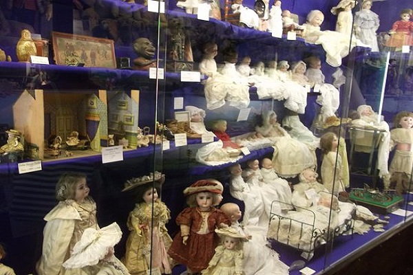 Lilliput Antique Doll and Toy Museum